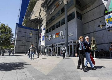 Case opened against Madrid mall for discriminating against gays, Gypsies