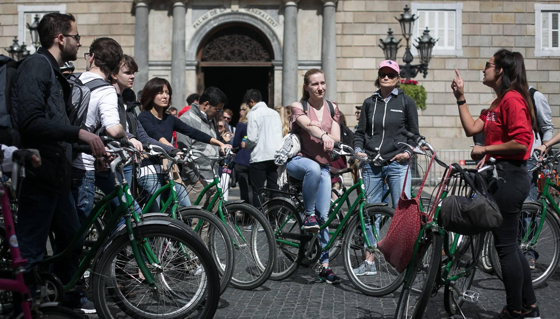 El turismo ya es el principal problema de Barcelona, según sus vecinos