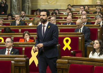 New Catalan speaker under pressure to allow Puigdemont bid