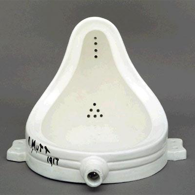 'La fuente' de Duchamp, en una imagen facilitada por la Tate Gallery de Londres.