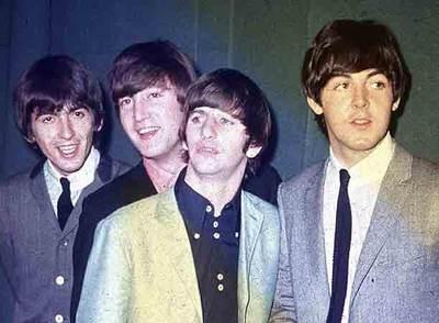 Sale a subasta el primer contrato firmado por los Beatles y Brian Epstein