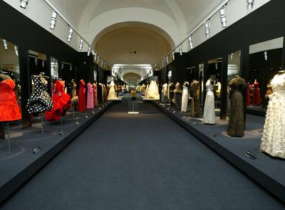 Museo Reina Sofía de Madrid dedicó una exposición al trabajo del modisto