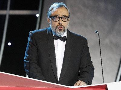 El presidente de la Academia de Cine, Álex de la Iglesia, durante su discurso en los Premios Goya 2010