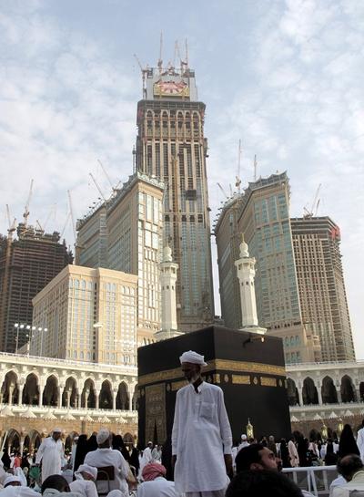 La Meca Estrena El Reloj M 225 S Grande Del Mundo Cultura
