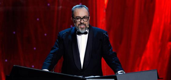 El presidente de la Academia de cine, Alex de la Iglesia, pronuncia su discurso en la 25 gala de los Goya.