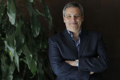 El escritor italiano Maurizio de Giovanni.