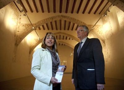 Felipe Garín y la exconsejera de Cultura, Trino Miró, en la presentación de la rehabilitación del convento del Carme.