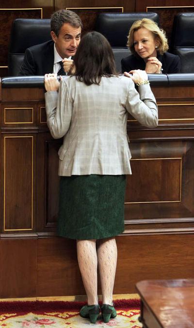 Zapatero, González-Sinde y Salgado, en el Congreso en diciembre de 2010