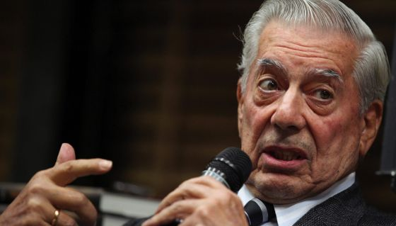 El escritor peruano y premio nobel de Literatura Mario Vargas Llosa