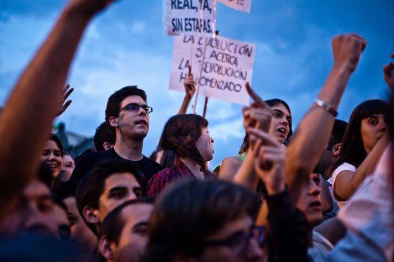 Imagen tomada e la Puerta del Sol de Madrid en mayo de 2011