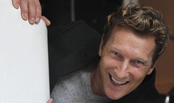 Magnús Scheving, actor, escritor, productor, empresario y gimnasta islandés.