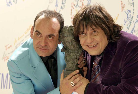 José Corbacho y Juan Cruz, mejor directores noveles con su goya por 'Tapas' en XX Premios Goya.