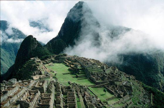 Complejo de ruinas de Machu Picchu en Perú.