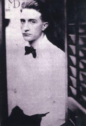 Imagen de juventud del artista Marcel Duchamp