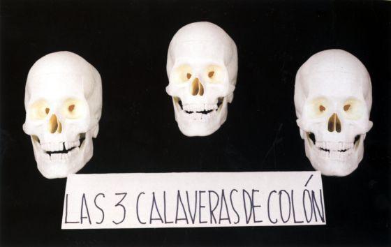 Pieza de la serie 'Las 3 calaveras de Colón'. ('Artefactos visuales'. Nicanor Parra. Fundación Telefónica, 2001. 64 páginas)