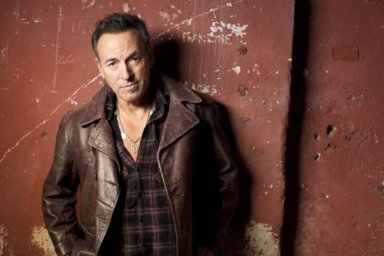 Springsteen actúa el domingo en Sevilla, el martes en Las Palmas de Gran Canaria, el jueves en Barcelona, el 2 de junio en San Sebastián y el 17 en Madrid.