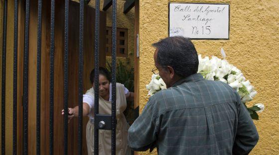 Ramos de flores para el domicilio de Fuentes.