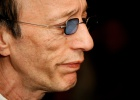Robin Gibb, inconfundible falsete de los Bee Gees