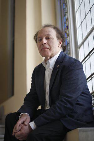 el escritor y académico Javier Marías.