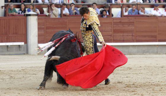 Daniel Luque, con la muleta, ayer por la tarde en las Ventas.
