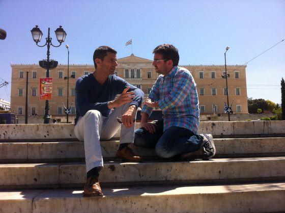 Jordi Évole durante la vista que hizo con 'Salvados' a Grecia