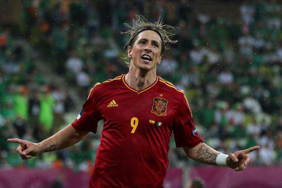 Fernando Torres celebra su segundo gol ante Irlanda
