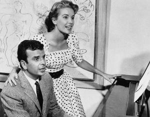 Richard Adler con su mujer, la actriz Sally Ann Howes, en 1961.
