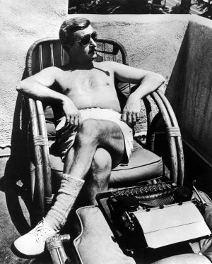 William Faulkner durante sus días como guionista de la Warner Bros, en California