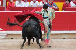 El diestro Jiménez Fortes ayer, en Pamplona.