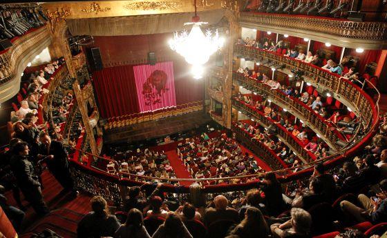 Patio de butacas del Teatro Español, en Madrid.