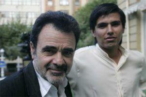 El director argentino Carlos Sorín (a la izquierda) e Ignacio Benítez, en 2006 en el Festival de San Sebastián.