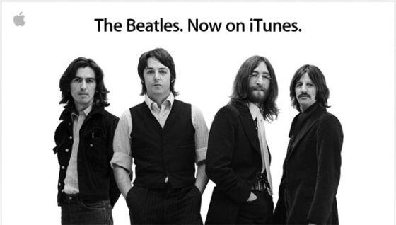Foto promocional de Apple del 'fichaje' de los Beatles por iTunes.