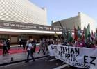 Imágenes del sexto día del festival de San Sebastián (en huelga)