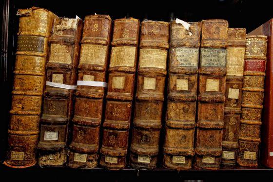 La Biblioteca Nacional custodia 30 millones de documentos, entre ellos incunables y códices.