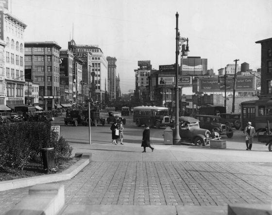 El territorio central de muchas novelas de Philip Roth es su infancia y primera juventud en Newark (Nueva Jersey).