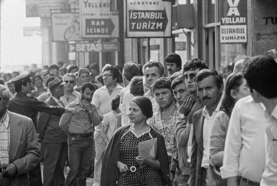 En su juventud el Nobel Orhan Pamuk sacaba fotos de Estambul, sede de su Museo de la Inocencia, abierto hace medio año.