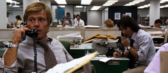 Los actores Robert Redford y Dustin Hoffman en 'Todos los hombres del presidente'.