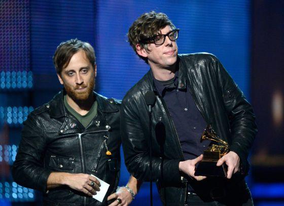 The Black Keys ganan tres Grammy este 2013. Dan Auerbach, uno de los integrantes del grupo, gana un cuarto al Mejor Productor del Año.