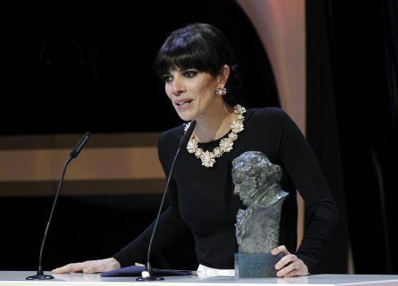 Maribel Verdú recoge el premio a la mejor actriz protagonista por 'Blancanieves'