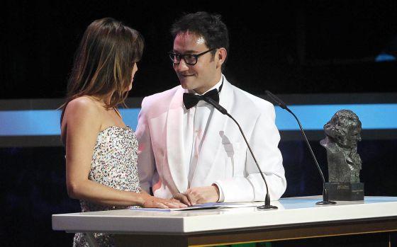 Adriana Ugarte y Carlos Santos en pleno 'patinazo'.