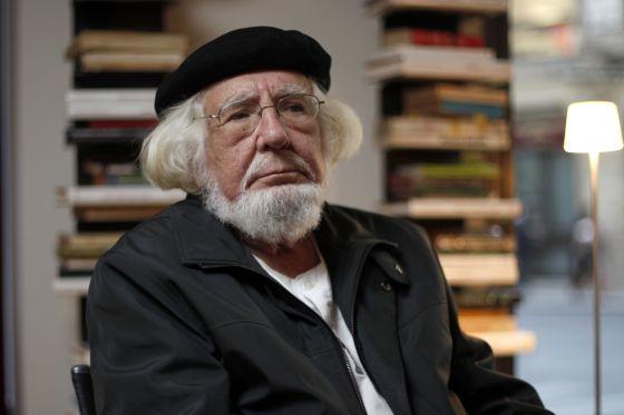 El poeta Ernesto Cardenal.