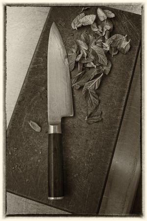 Un cuchillo, instrumento imprescindible en todas las cocinas, con o sin estrellas.
