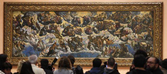 'El Paraíso' de Tintoretto, una de las obras más emblemáticas de la Colección Thyssen-Bornemisza, a su regreso su ubicación habitual en el hall del museo.