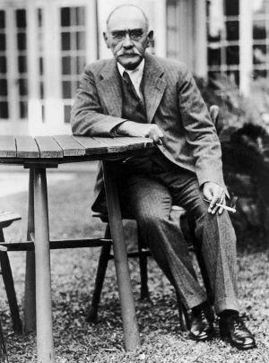 Rudyard Kipling en una fotografía hecha en enero de 1921.