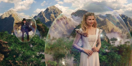 James Franco y Michelle Williams, en 'Oz, un mundo de fantasía'.