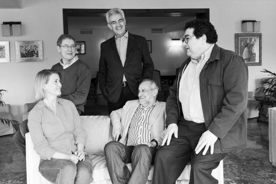 Pie de Foto: Jurado del Premio Formentor de las Letras 2013: De izquierda a derecha: Berta Vías Mahou, Félix de Azúa, Basilio Baltasar, Juan Antonio Masoliver Ródenas y Manuel Rodríguez Rivero.