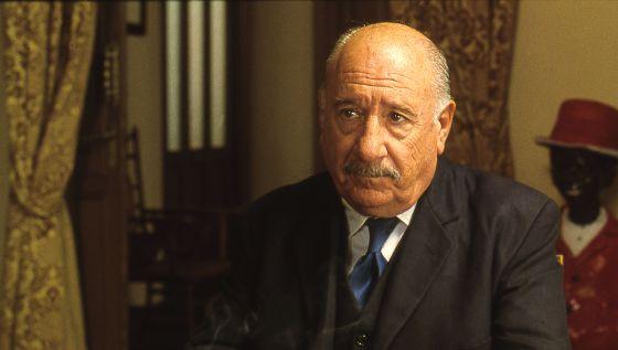 Alfredo Landa en la película 'Luz de domingo', de Garci.