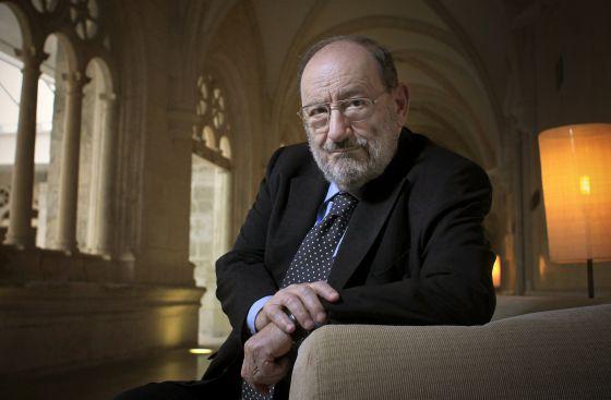 Umberto Eco, en el hotel NH Palacio de la Merced de Burgos.