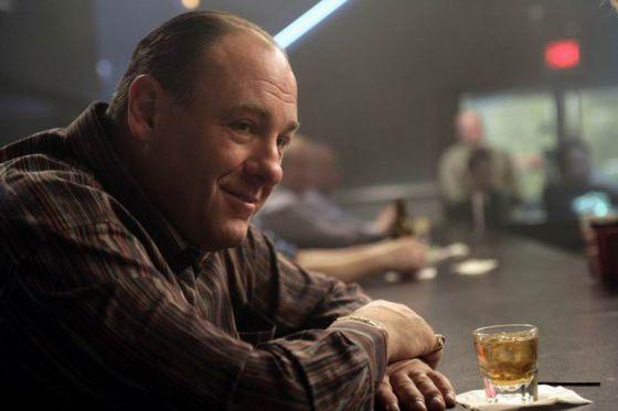 James Gandolfini como Tony Soprano en un momento de la serie 'Los Soprano'.