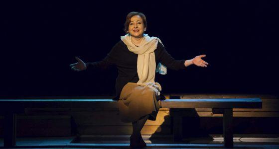 En la imagen la actriz Carmen Machi, durante el ensayo de 'Fuegos', obra homónima de Marguerite Yourcenar.